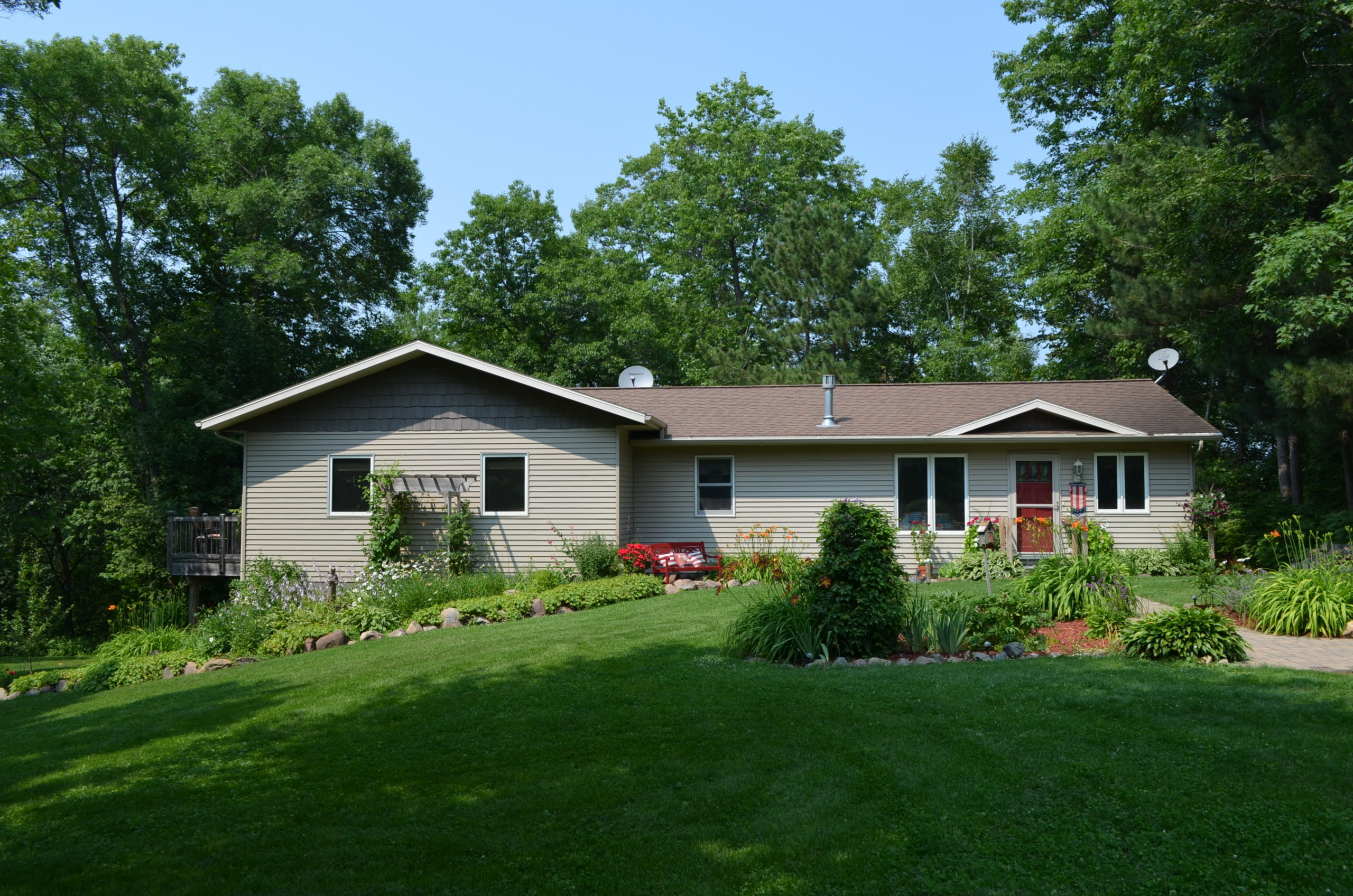 11021 County 77 SW. Nisswa, MN 56468 (3Bed 3Bath House & Shop on 11+ Acres!)